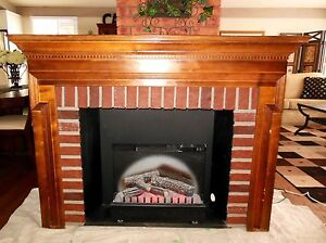 LOVELY VINTAGE WOOD FIREPLACE MANTLE WITH WORKING INSERT