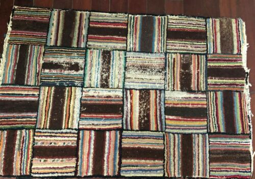 Antique Cabin Geometric Handhooked Rug 29 X 41