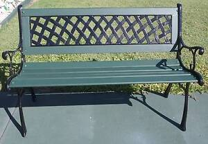 CAST IRON AND WOOD GARDEN BENCH Kippa-ring Redcliffe Area Preview