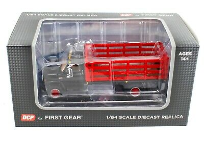 NEW 2021 1:64 DCP *BLACK & RED* GMC 6500 Tandem-Axle STAKEBED TRUCK  *NIB*