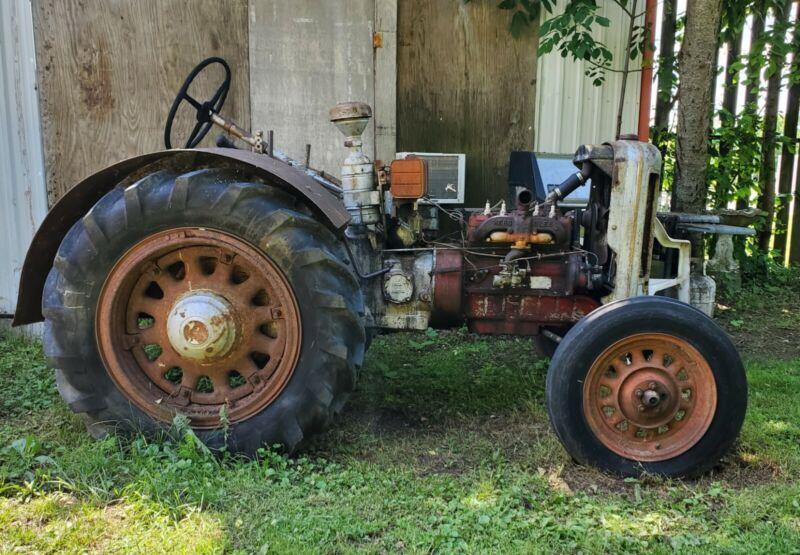 Silver King Tractor 1937 Runs and Drives Great ! 3 1/4 Bore Engine Hi-Way Gear