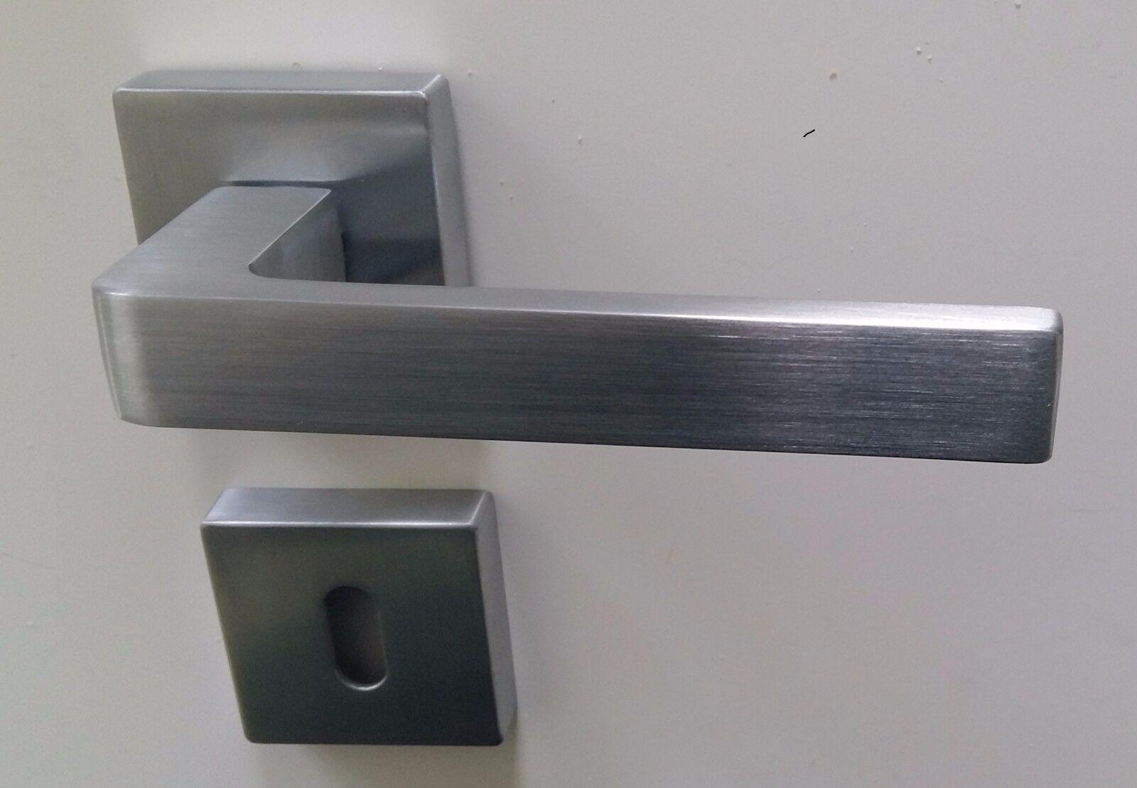 Maniglie per porte interne quadrate moderne cromo satinato e cromo lucido