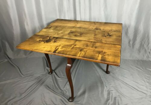Antique 18th Century Colonial Maple Drop Leaf Table - Shipping Available