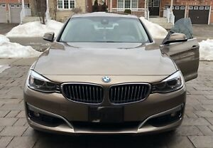BMW 328i GT xDrive ! Tech Package ! Low Kms