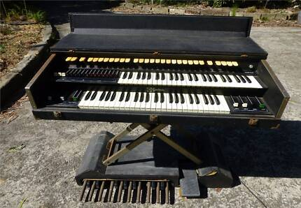 Godwin SC 444/P electric organ Lane Cove Lane Cove Area Preview