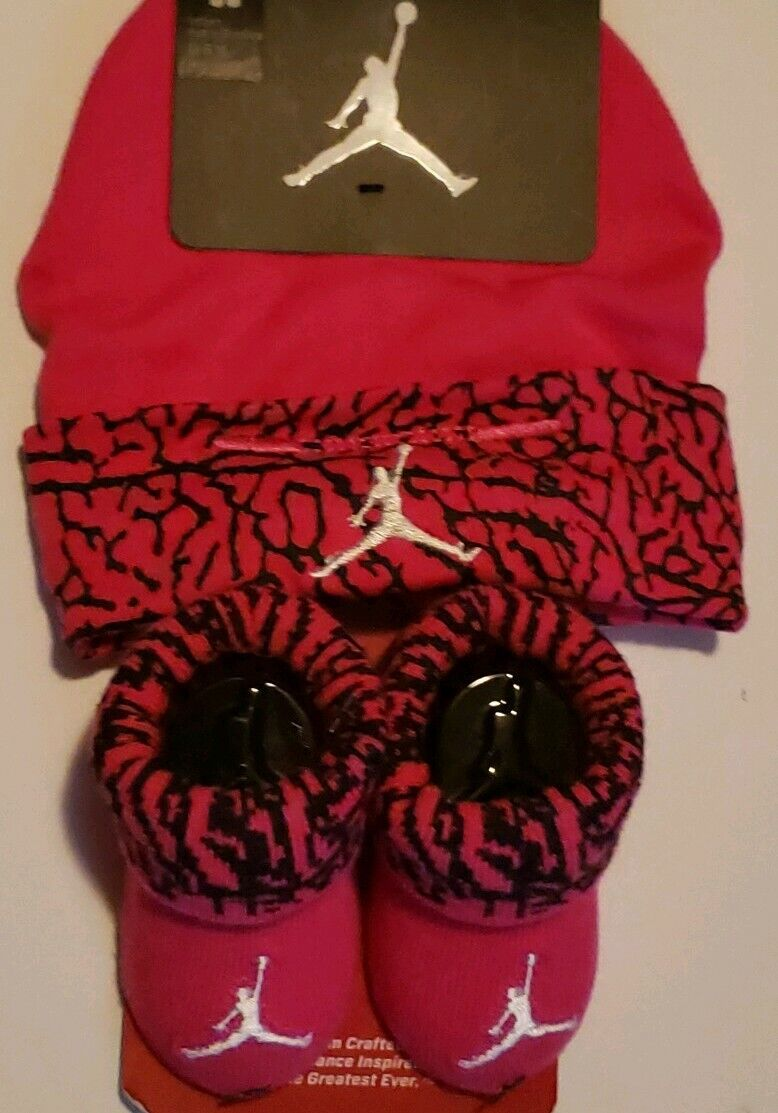 Nike Air Jordan Girls Infant Hat & Booties Set Size 0 - 6 Months