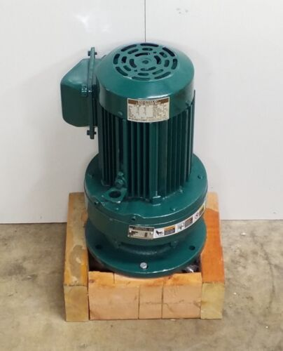 NEW SUMITOMO SM-CYCLO TC-F 3 PHASE INDUCTION MOTOR 3/4 HP CNVM5