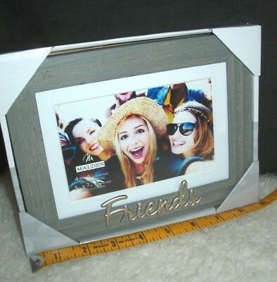 - Picture Frame Best Friends 4 x 6 or 5 x 7 Photograph Fun Forever Memory New Gift