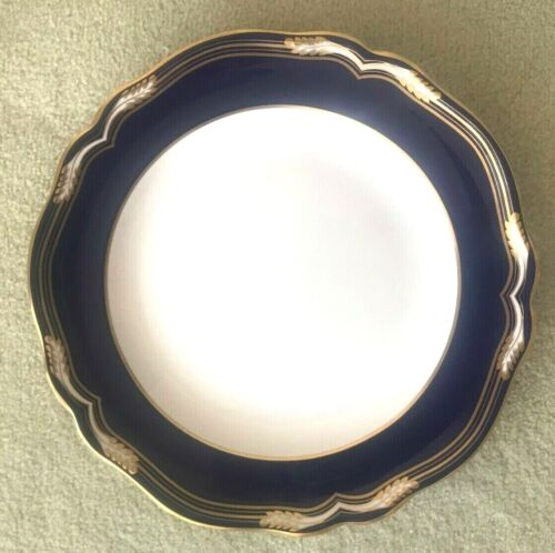 Spode YORK Y8323 Dinner Plate with Gold Trim FINE BONE ENGLAND