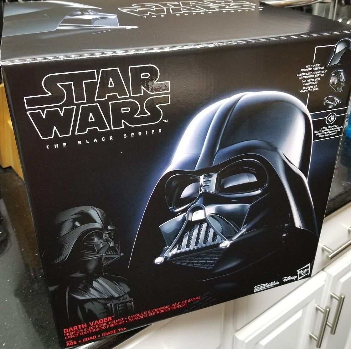 Star Wars Black Series DARTH VADER ELECTRONIC HELMET PROP REPLICA NEW IN STOCK