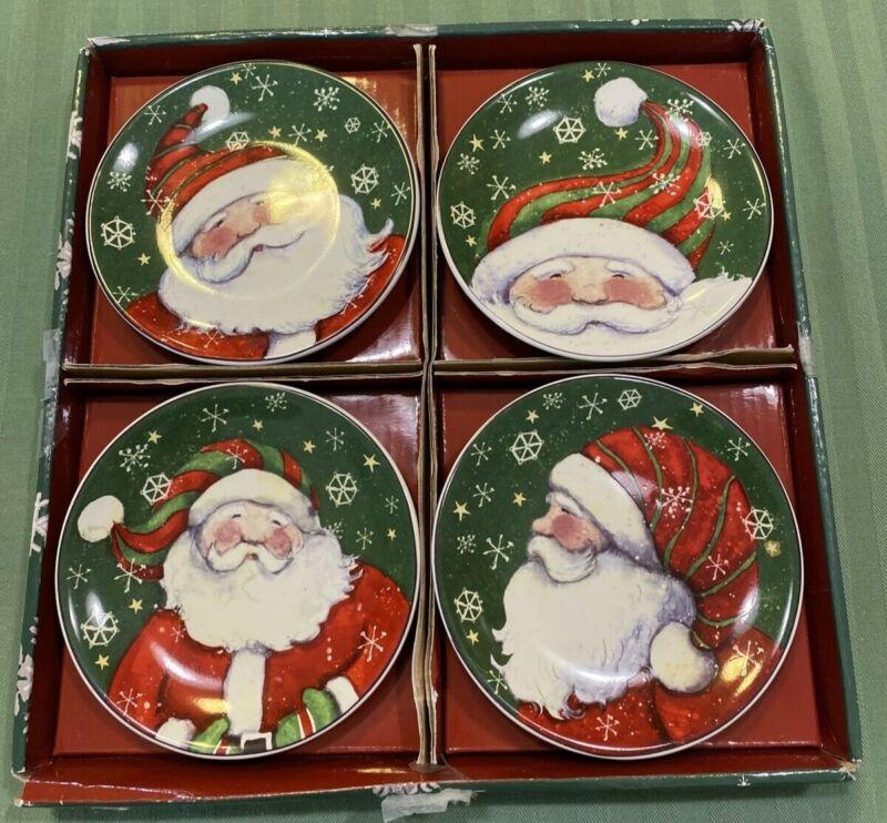 *MWW Christmas Snow Much Fun Santas Mini Plates Set Of 4 w/ Original Box EUC ***