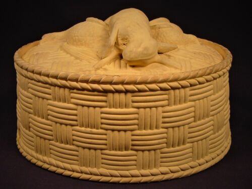 EXTREMELY RARE 1800s OVAL RABBIT & BIRD GAME DISH CANE YELLOW WARE CANEWARE MINT