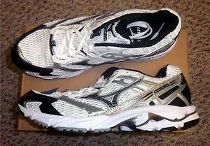 Mizuno-Wave-Nexus-G3-Team-Mens-Running-Shoes-NIB-White-Black-Various-Sizes