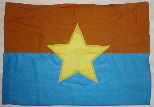CAR FLAG - Viet Cong - VC - NLF - National Liberation Front - Vietnam War - 1779