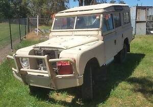 1971 Land Rover Defender Wagon Horsley Park Fairfield Area Preview