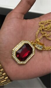 RED STONE GOLD NECKLACE