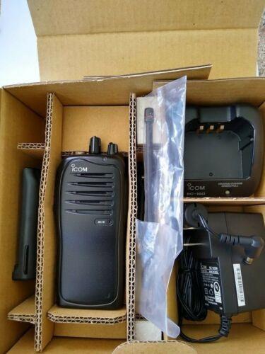 Icom F4011 UHF Radio, 16 Ch, 450 - 512 MHz, 5 watts