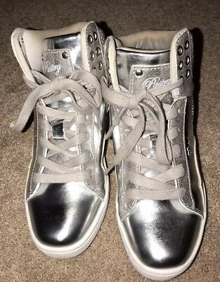 Girls Tops Com (Pastry Silver High Top Tennis Shoes Girls Size 2 EUC)