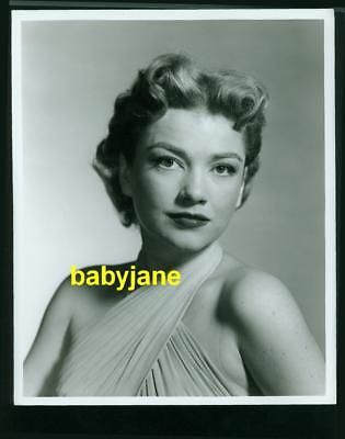 ANNE BAXTER VINTAGE 8X10 PHOTO YOUNG LOVELY PORTRAIT