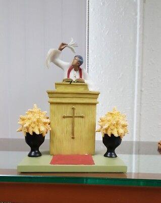 Annie Lee Art Figurine Eb-body Say Amen Preacher Scene 2/Church