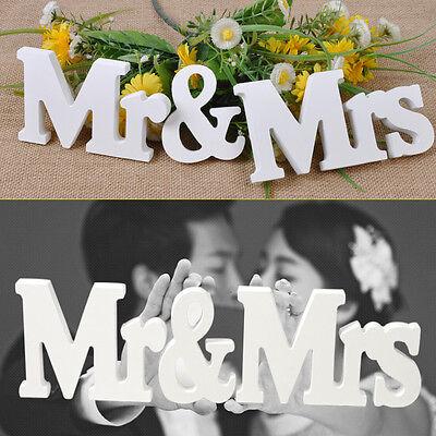 Holz Mr & Mrs Buchstaben Herr und Frau Holzbuchstaben Hochzeit Deko Tischdeko ()
