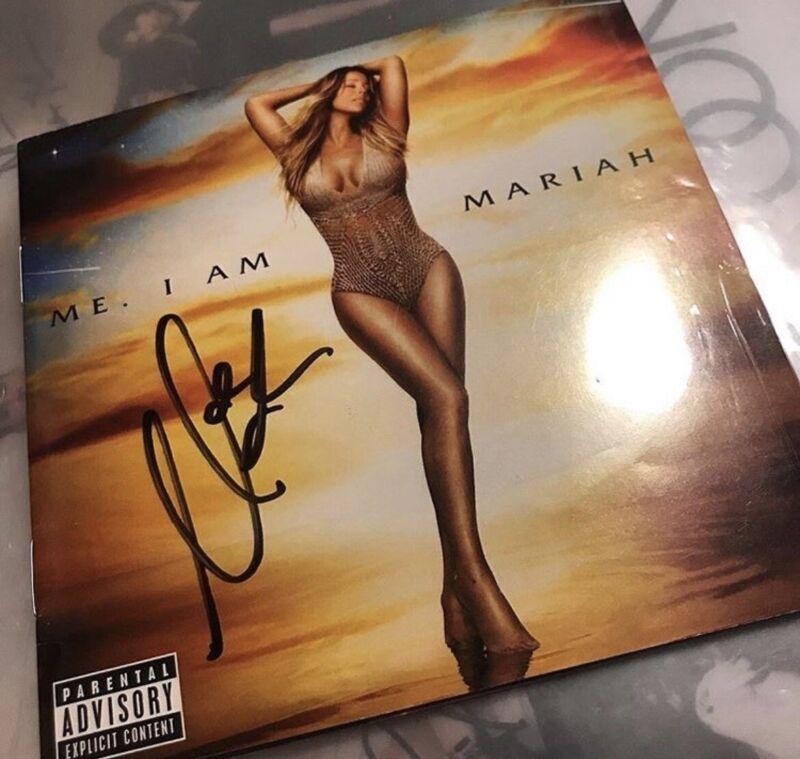 Mariah Carey signed Me I am Mariah cd booklet ONLY no cd