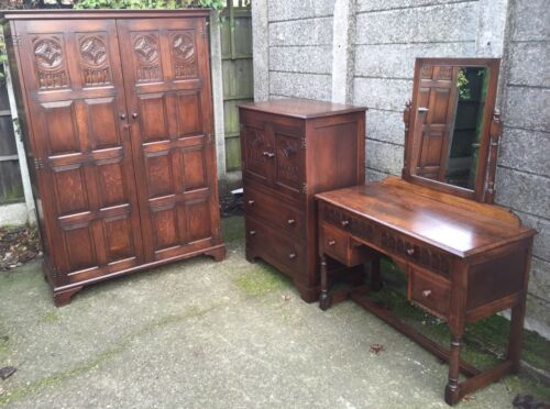VERY CLEAN ARTS & CRAFTS CARVED OAK 3 PIECE BEDROOM SUITE 2-MAN DELIVERY