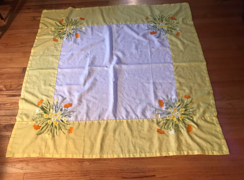 Vintage Yellow 53 In.² Embroidered Tablecloth