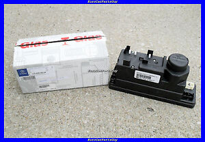 Genuine OEM Mercedes R170 Power Locks Central Locking System Vacuum Supply Pump