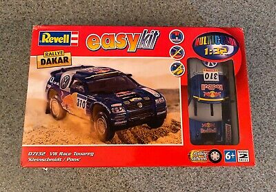 Revell 1:32 Rallye DAKAR Easy Kit VW Race Touareg Kit 07132 Redbull