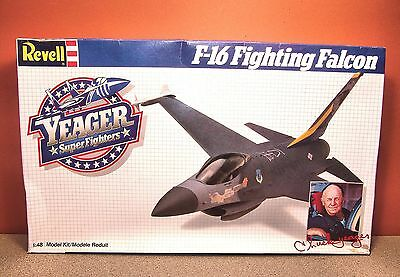 1/48 REVELL YEAGER SUPERFIGHTERS F-16 FIGHTING FALCON MODEL KIT 4562