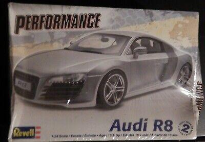 Audi R8 1:24 Model Kit Revell Performance