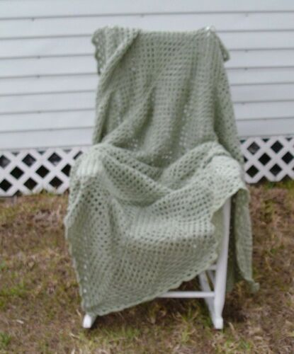 "HANDMADE CROCHET AFGHAN GRANNY SQUARES SOLID GREEN 70""x54"""
