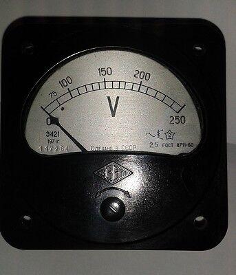 1 Stck Einbauinstrument  250 Volt AC 3421 UdSSR NOS 2,5% schwarz TOP Zustand