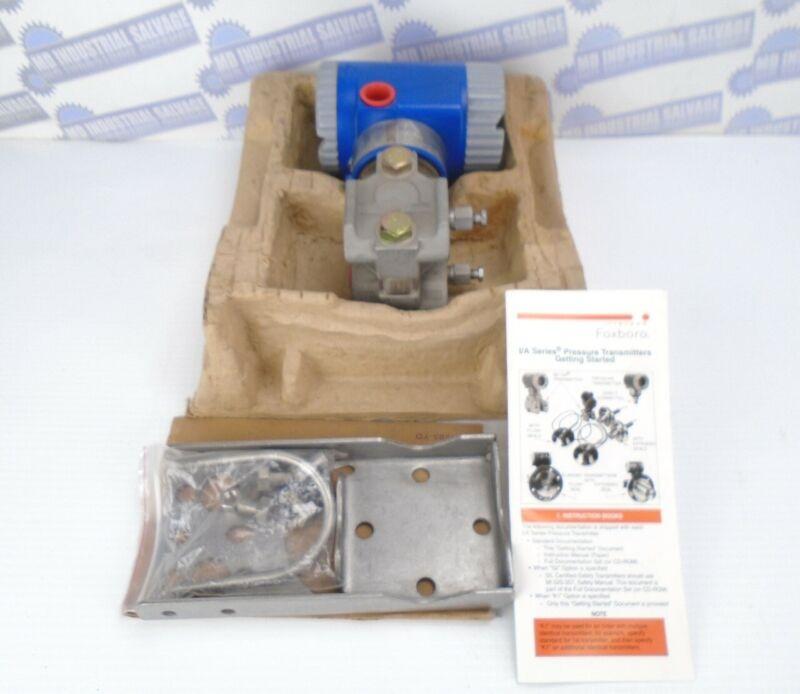 FOXBORO - IDP10-D22A21F-M2L1K1 Differential Pressure Transmitter 0-5.0 H2O NEW