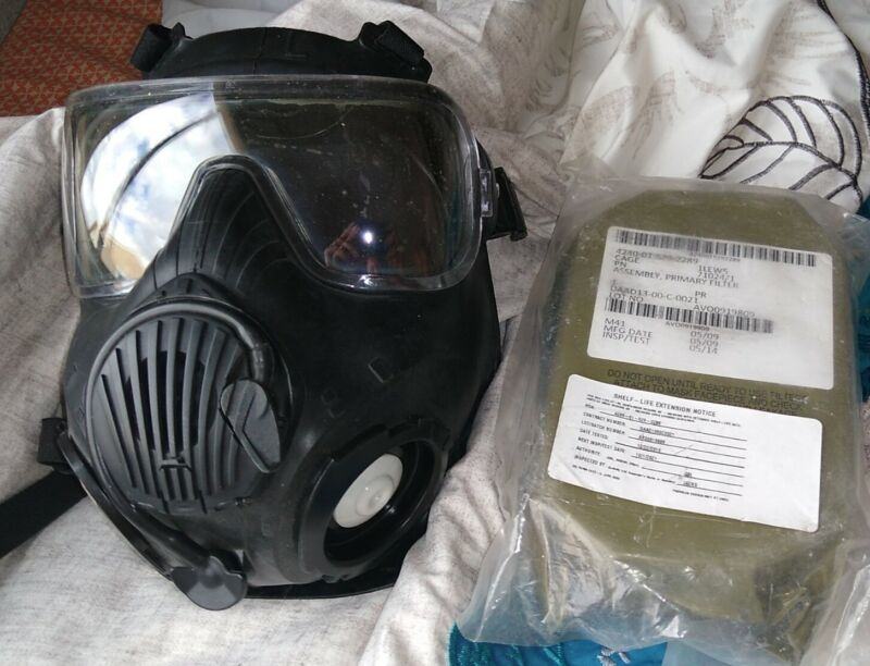 Avon Full Face Respirator M50 Gas Mask CBRN NBC Protection Large w/Filters