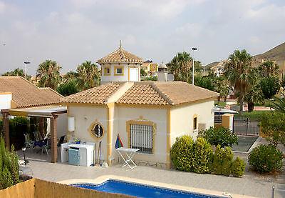 FERIENHAUS-TURMVILLA MIT POOL-Süd-Spanien-Mazarron-Region Murcia-Festland