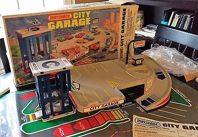 Vintage 1980 Matchbox City Garage Playset Not Hot Wheels Complete wBox