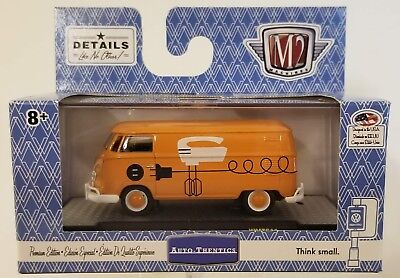 2018 M2 Machines Walmart 1960 VW Bakery Delivery Van USA Model 1:64 Scale Orange
