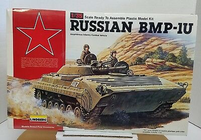 Lindberg 1990 Russian BMP-IU 1:35 Scale Model Amphibious Combat Vehicle Kit