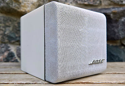 Bose Singlecube Acoustimass Lautsprecher Cube Lifestyle Greyline * weiß