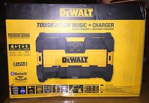 DEWALT TOUGHSYSTEM MUSIC + CHARGER