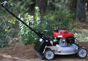 Honda HRR216 Self Propelled Mower
