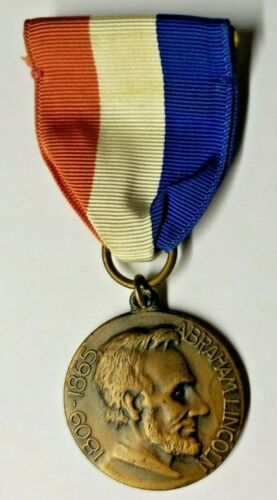"""1965 Boy Scout Medal, 1809-1865 Abraham Lincoln """"Walked in Lincoln's Steps""""PB11"""