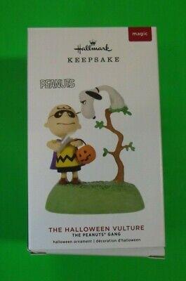 The Halloween Vulture - Peanuts - 2019 Hallmark Halloween Ornament - NIB - Magic