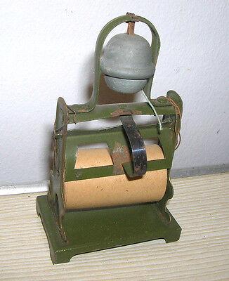 Uralt Puppenküchen / Kaufladen Zubehör - Packpapierhalter aus Blech - um 1910