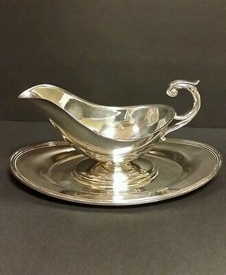 Crescent Silverplate Gravy Boat and Under Plate 4058PS