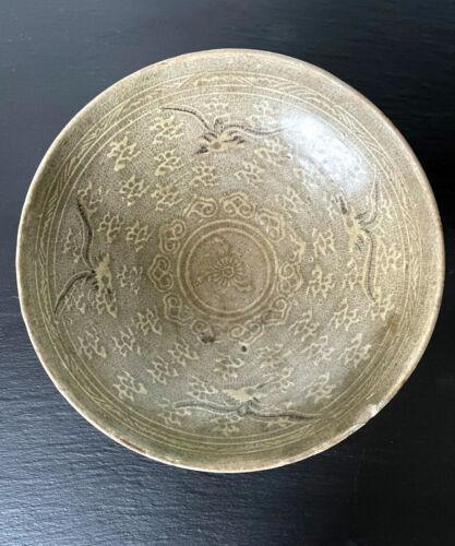 Korean Ceramic Celadon Bowl with Slip Inlay Goryeo Dynasty