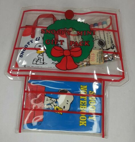 Vintage Snoopy Mini Gift Pack Pencils Notebook Feature Syndicate 1958/65 - $19.99