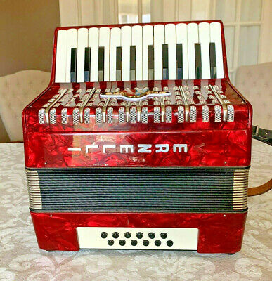 Antique Rare 1920's German Concertina Bandoneon Piano 12 Bass Accordion Vernelli